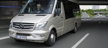 Saftig minibussfest hos Mercedes