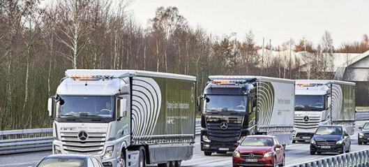 Selvkjørende lastebiler sammenkoblet via WiFi