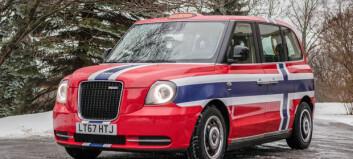 Taxi i rødt, hvitt og blått