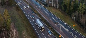 Scania tester selvkjørende lastebiler i motorveitrafikk