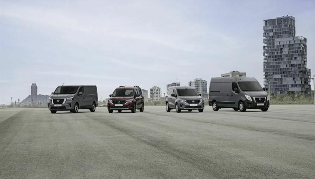 Samtidig med lanseringen av Townstar (midten) døper Nissan om sine to andre varebilmodeller, fra NV300 til Primastar (til venstre) og fra NV400 til Interstar (til høyre), i tillegg til noen mindre oppgraderinger.